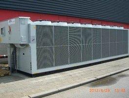 Enfriadora Aire -Agua con frrecoling de 1150Kw.(BRUSELAS )
